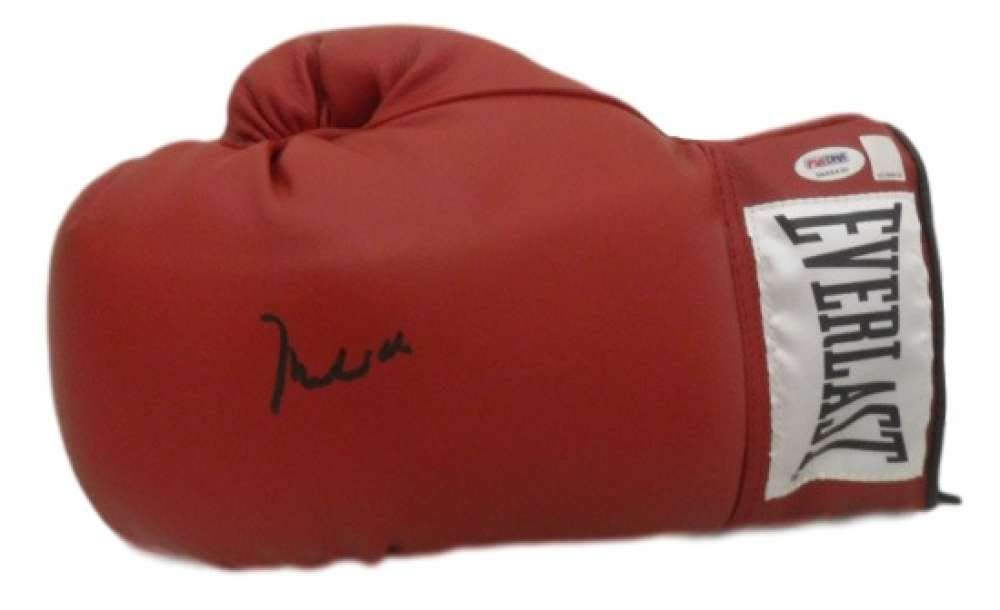MUHAMMAD ALI AUTOGRAPHED BOXING 10322 EVERLAST GLOVE PSA/DNA 3A64430 GRADE 10