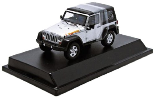 1/43 2010 Jeep Wrangler Islander Bright Sliver Metallic Clear Coat 86049