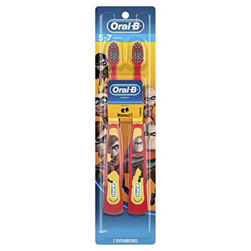 Oral-B Kids Manual Toothbrush featuring Disney & Pixar's Cars, 2 Count, Characters May Vary