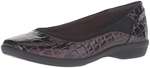Clarks Vrouwen Haydn Pearl Flat Brown Crocodile Patent