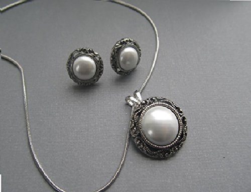 1920s Style Pearl Stud earrings and necklace set gifts for her silver Vintage style