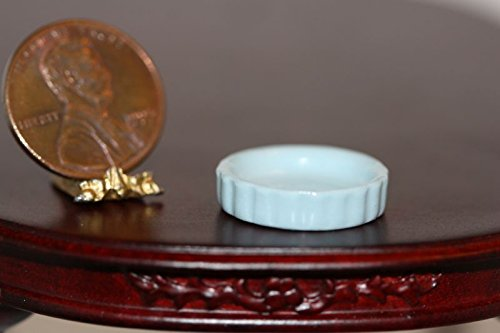 - Dollhouse Miniature Baby Blue Porcelain Quiche or Pie Dish w/ Fluted Edge