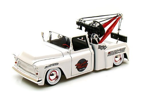 1955 Chevy Stepside Tow Truck w/ baby moon 1/24...