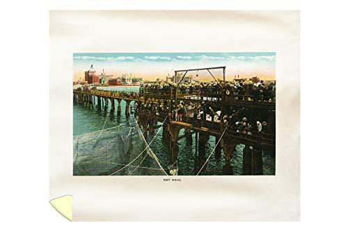 Lantern Press Atlantic City, New Jersey - View of Fishermen Hauling up a Net on The Pier 29571 (88x104 King Microfiber Duvet -