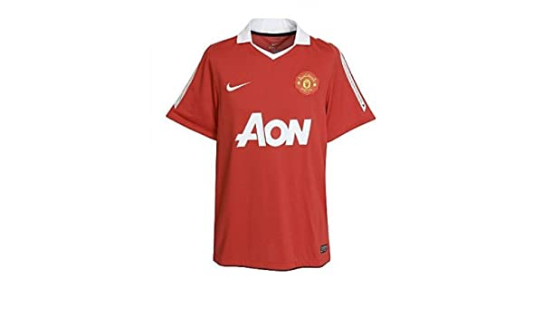 0591f946d Amazon.com  Nike Junior Manchester United Home Short Sleeve Jersey 2010 2011   Sports   Outdoors