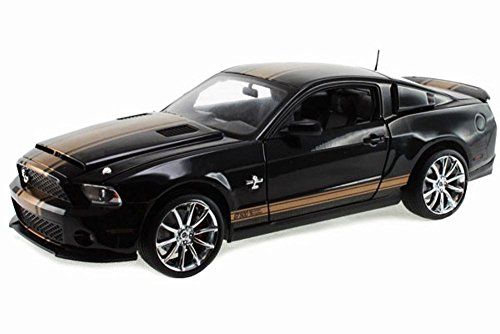 2012 Ford Shelby GT500 Super Snake, Black w/ Gold Stripes - Shelby SC322A - 1/18 Scale Diecast Model Toy (Super Gt Gt500)