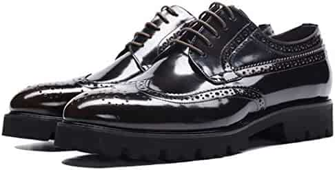 65d0c7d4106c Men s Dress Shoes Leather Formal Business Work Lace-up Shoes Retro Round  Head Brogues Carved