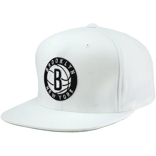 3dd05c0f322 Mitchell   Ness Men s Brooklyn Nets Solid Snapback Cap One S