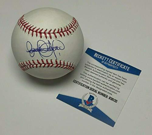 Elvis Andrus Autographed Baseball - Major League * BAS Beckett B36135 - Beckett Authentication - Autographed Baseballs