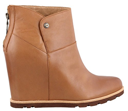 Ugg Australia Women's Amal Women's Leather Boot In Chestnut In Size 38 Brown