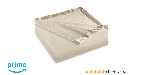 Amazon Com Martha Stewart Collection Soft Fleece Queen Blanket