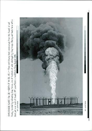 Vintage photo of Gulf War:Kuwaiti oil well set -
