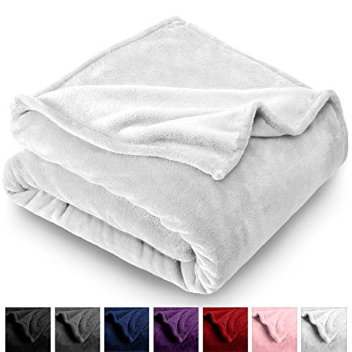 Bare Home Microplush Velvet Fleece Blanket - Twin/Twin Extra Long - Ultra-Soft - Luxurious Fuzzy Fleece Fur - Cozy Lightweight - Easy Care - All Season Premium Bed Blanket (Twin/Twin XL, White)