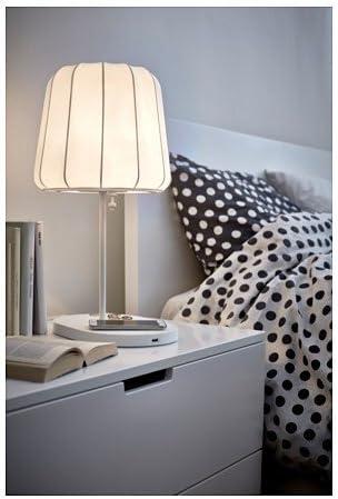 IKEA VARV Tischleuchte mit kabelloser Ladefunktion: Amazon