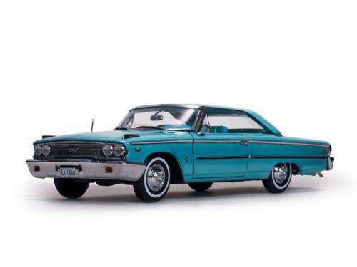 NEN 1:18 SUNSTAR AMERICAN COLLECTIBLE - PEACOCK BLUE 1963 FORD GALAXIE 500 XL HARDTOP Diecast Model Car By SunStar