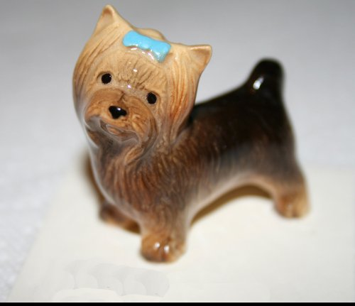 YORKSHIRE TERRIER Dog YORKIE w/Blue Bow Stands MINIATURE Figurine Ceramic HAGEN-RENAKER 3177