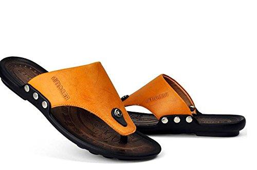 Beauqueen Hombre al aire libre Playa Clip-dedo del pie cuero zapatillas Verano saludable suave suela Casual no deslizante Deportes Casual Comforty zapatos UE tamaño 38-44 Yellow