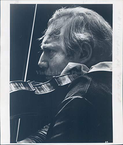 1981 Press Photo Isaac Stern Musician St Paul Violinist Boston MA Orchestra 8X10 (1981 Stern)