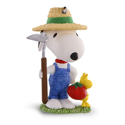Hallmark Keepsake Gardener Snoopy Ornament