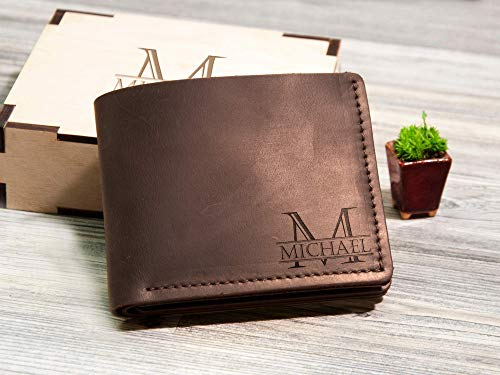 (Personalized Leather Wallet Groomsmen Gift Box Leather Gift for Him Mens Wallet Custom Gift for Men Gift for Dad Bifold Wallet for Men Engraved Gift Box)