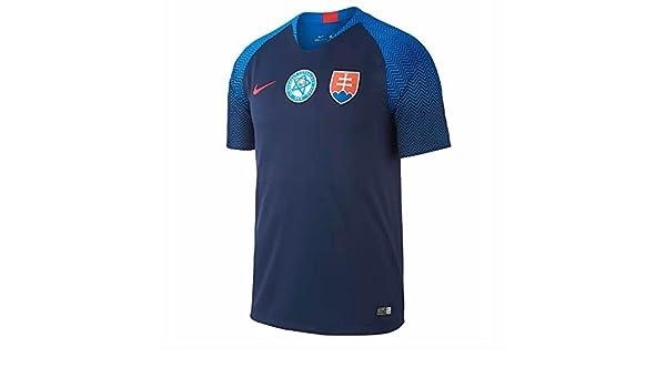 Amazon.com   Nike 2018-2019 Slovakia Away Football Soccer T-Shirt Jersey    Sports   Outdoors b8fdc99cab8