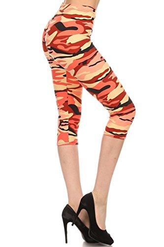 Leggings Depot Women's Plus Size High Waisted Capri Print Leggings (Salmon Camouflage)