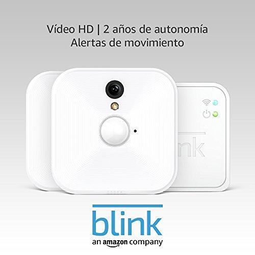 Blink Sistema de cámaras de seguridad (1. Gen) para interiores con detección de movimiento, vídeo HD, 2 años de…