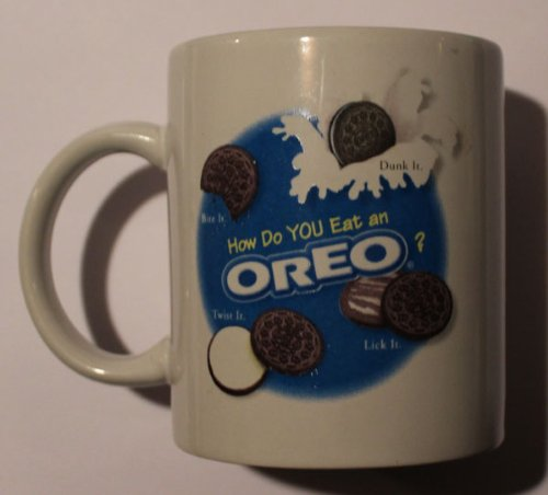 "Nabisco Oreo ""How Do You Eat an Oreo?"" Mug"