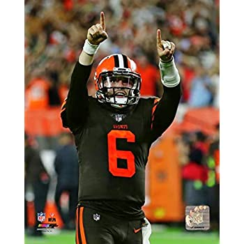 3f34f2a8d8b Amazon.com: Baker Mayfield Cleveland Browns Action Photo (Size: 8