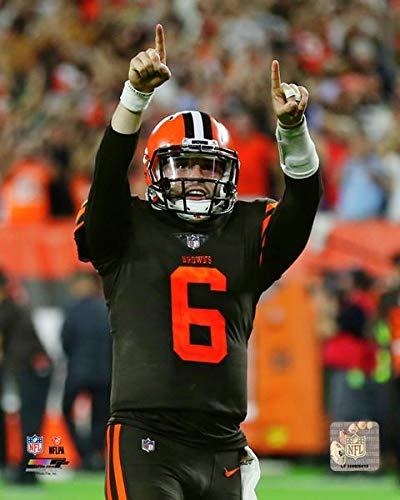 9f657b07 Amazon.com: Cleveland Browns Quarterback Baker Mayfield 8x10 Photo ...