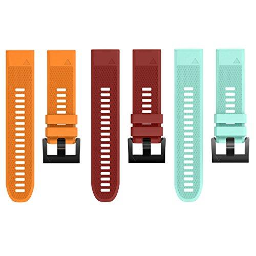 Garmin Forerunner 935 TRI Bundle 010 01746 02 Premium GPS/Glonass Multisport Running Watch and Three Additional Wearable4U Quick Release Silicone Watch Bands Bundle