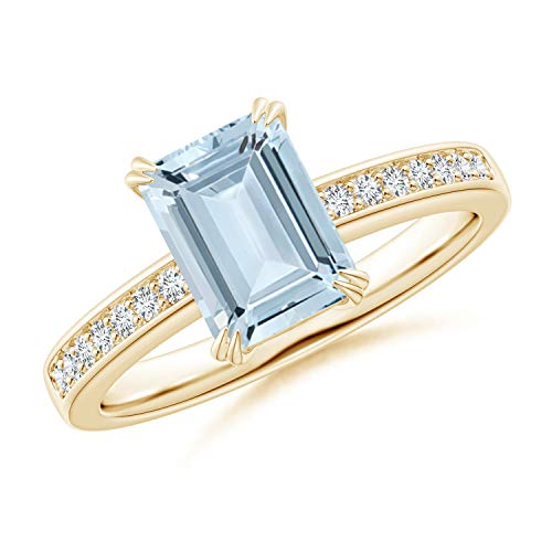 (Octagonal Aquamarine Cocktail Ring with Diamonds in 14K Yellow Gold (8x6mm Aquamarine))