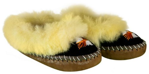 Polish sheepskin slippers