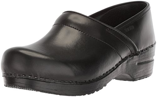 - Sanita Women's Original Pro. Cabrio Clog, Black, 40 Medium EU (9-9.5 US)
