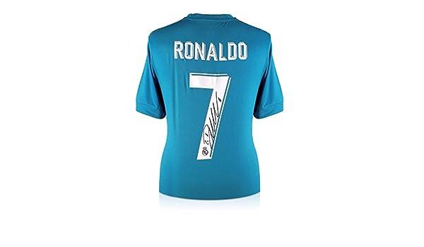 exclusivememorabilia.com Camiseta de fútbol del Real Madrid 2017-18 auspiciada por Cristano Ronaldo: Amazon.es: Deportes y aire libre