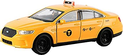 ce41964592a4f Amazon.com: Welly Diecast 1/36 Scale NYC New York City 2016 Ford ...