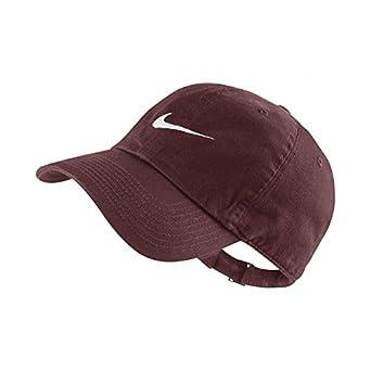 eec53bcdf229b Nike CASQUETTE SWOOSH H86 / BORDEAUX: Amazon.fr: Vêtements et ...