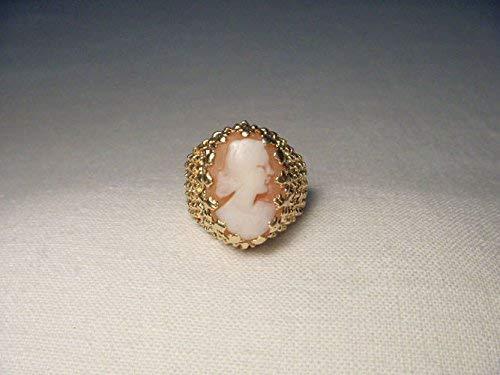 Beautiful Estate 14K Yellow Gold Filigree Shell Lady Cameo Ring