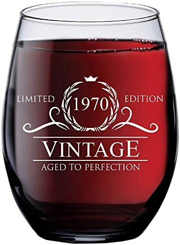 1970 50th Birthday Gifts for Women Men - 15 oz Stemless Wine Glass - 50 Year Old Present Ideas for Mom Dad - Funny Vintage Unique Personalized - Party Anniversary Reunion Decorations Supplies