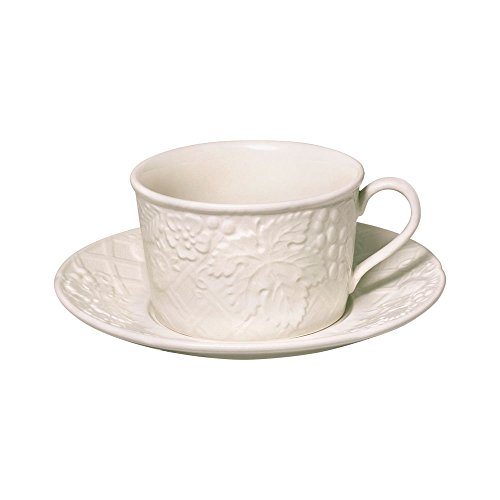 Mikasa English Countryside Teacup and Saucer (Saucer English Countryside)