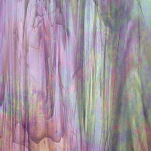 Spectrum Light Grape/White Wispy Iridescent Stained Glass 8 x 12 Hobby Sheet I84392 ()