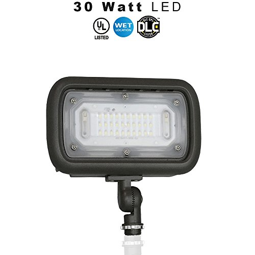 Outdoor LED Wide Flood Light, 30 Watt (200W Equivalent), 3000 Lumens, 5000K (daylight), IP65 Waterproof, 120-277v, UL & DLC – Knuckle Mount – 5 Year Warranty 1 pack Review