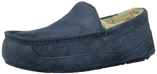Ugg Men's Ascot Moccasin, NEW NAVY/NEW NAVY, 11 M US by UGG