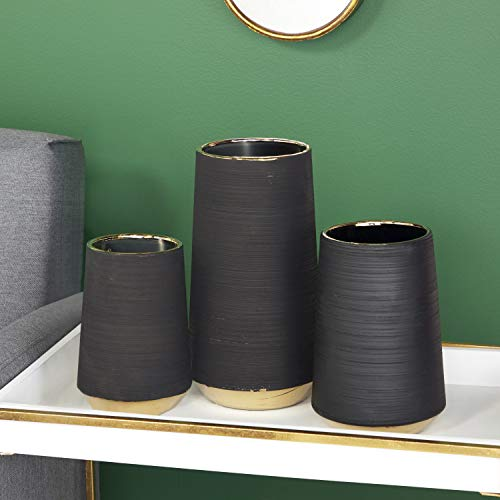 "CosmoLiving by Cosmopolitan 74689 Extra Large, Round Matte Black Porcelain Vase with Metallic Gold Rim & Ridged Texture | 6"" x 11"""