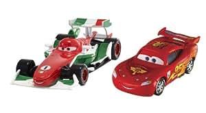 Mattel Disney Cars 2 - Juego de 2 coches en miniatura (Francesco Bernoulli y Rayo McQueen)