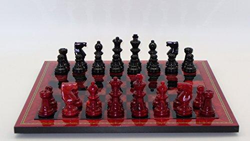Juego de ajedrez de alabastro rojo y negro con marco de madera con incrustaciones
