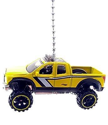 TOYOTA Car & Truck Diecast Ceiling Fan Light Pull Ornaments 1:64
