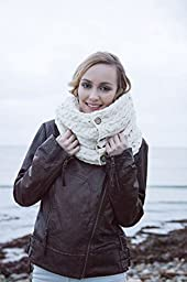 Carraig Donn 100% Merino Wool Snood Scarf with Buttons (Natural)