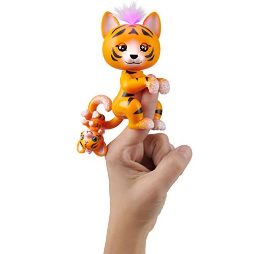 WowWee Fingerlings Light-Up Baby Tiger and Mini - Benny and Kali - Interactive Toy