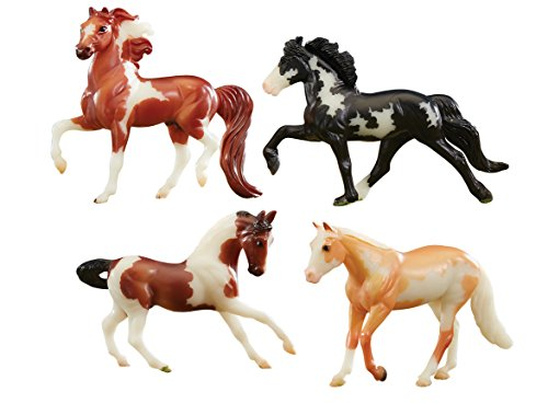 Breyer Stablemates Glow in The Dark Horse Toy Set (1: 32 Scale), Multicolor